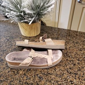 mephisto tan t strap sandal size 9